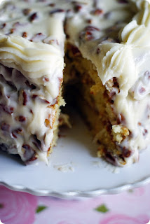 http://divascancook.com/italian-cream-cake-recipe-wedding-hummingbird-cake/