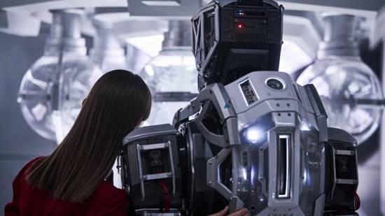 film sci-fi 2019 tentang robot masa depan