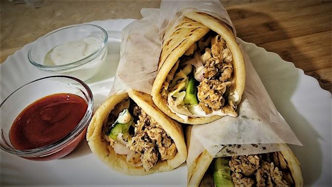 Chicken Paratha Roll Recipe in Urdu - Cooking with Saira