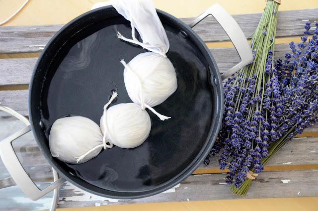 Fragrant Lavender Laundry With Homemade Dryer Balls