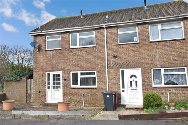 brick 3 bed house, Charles Avenue, Chichester, West Sussex