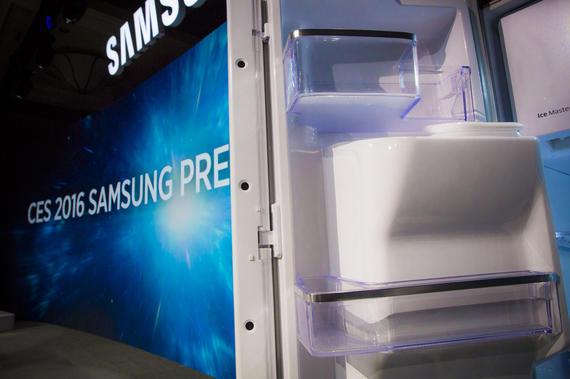 Tủ lạnh Samsung thông minh với ứng dụng và trang bị máy ảnh