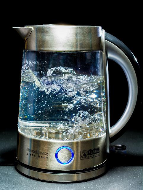 ज्यादा गर्म पानी पिने के नुकसान