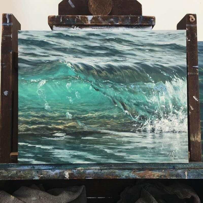 06-Irina-Cumberland-Realistic-Water-Paintings-www-designstack-co
