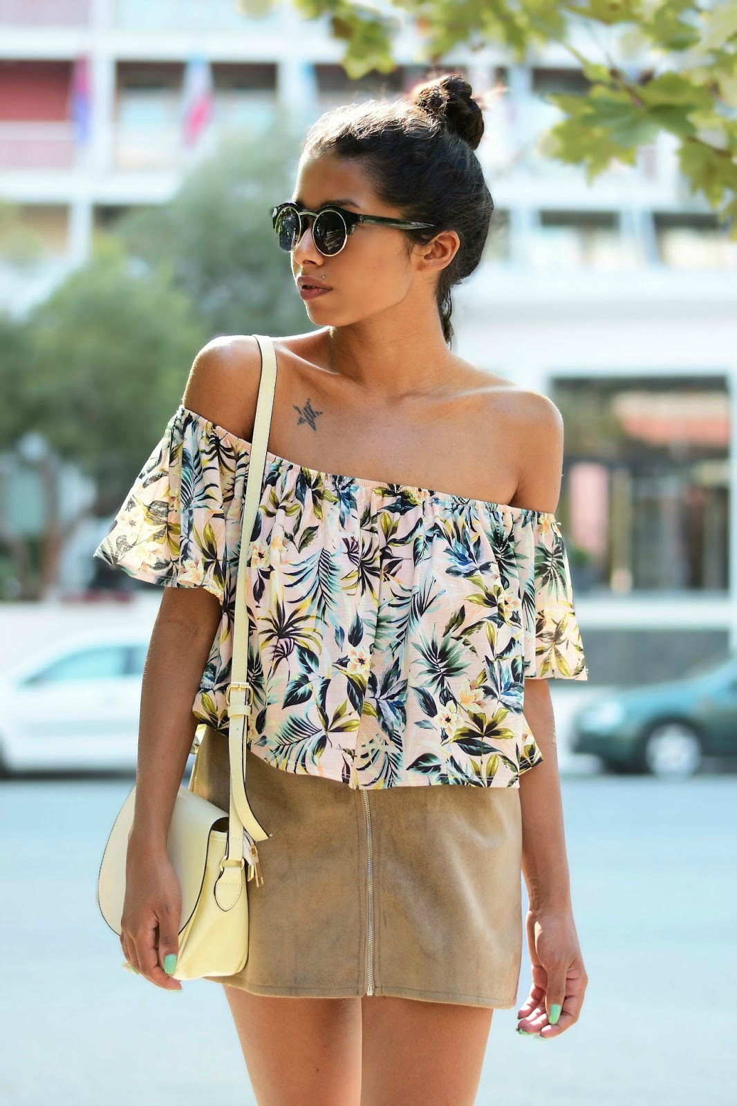 pretty off shoulder outfit inspiration for summer