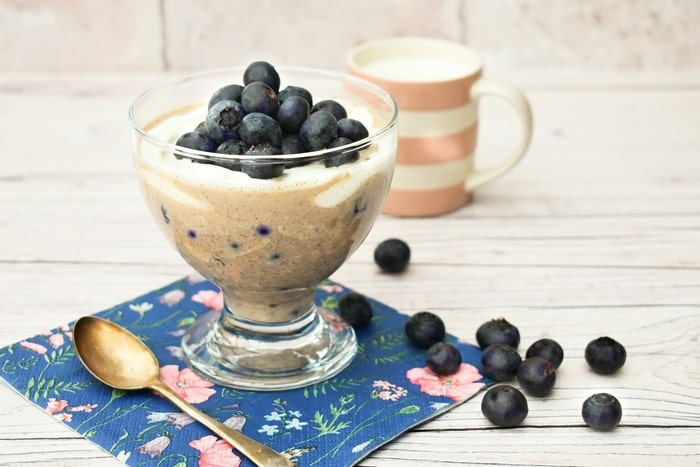 Easy Blueberry Muffin Overnight Oats