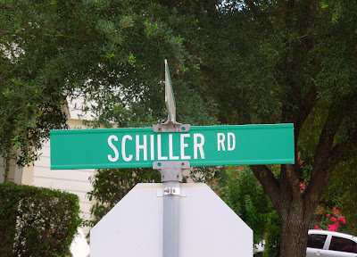 SCHILLER RD (Street Name Signage)