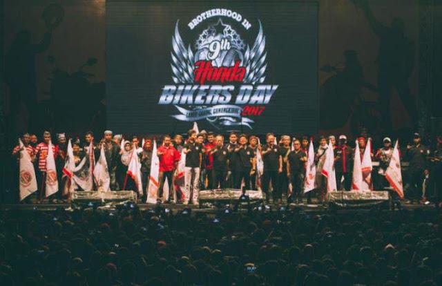 Panggung_utama_Honda_Bikers_day_2017