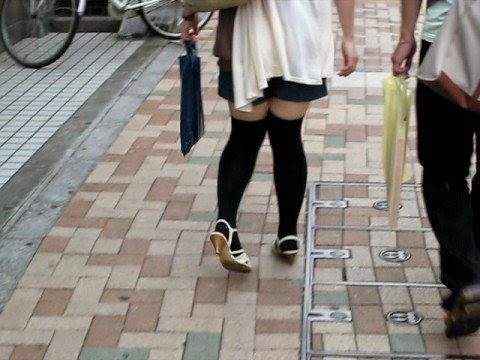 Japanese girls in heels