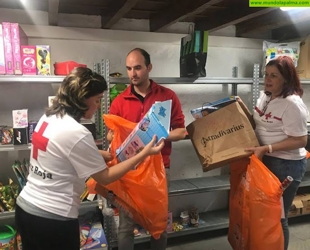 Cruz Roja cumple las ilusiones de 198 niños y niñas de la isla de La Palma en estas pasadas Navidades