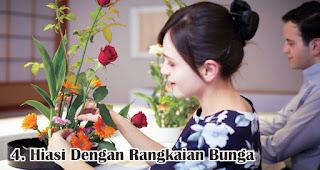 Hiasi Dengan Rangkaian Bunga merupakan salah satu tips membuat dekorasi valentine romantis dengan mudah