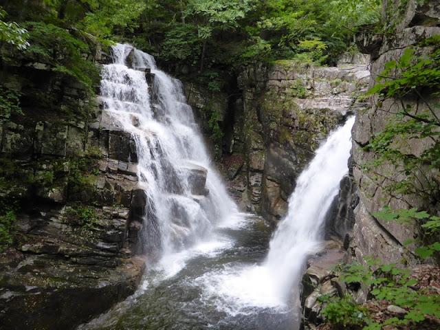 Cascadas de Yongchuo y Ssang