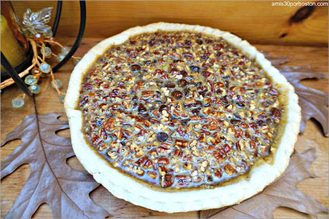 Chocolate Bourbon Pecan Pie sin Cocer ni Decorar