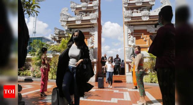 Media Asing Soroti Lonjakan COVID-19 di Bali, Pembukaan Pariwisata Perparah Pandemi