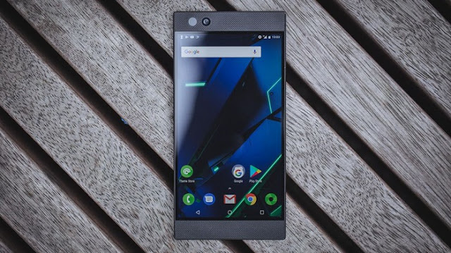 Smartphone Gaming Terbaik - Razer Phone 2