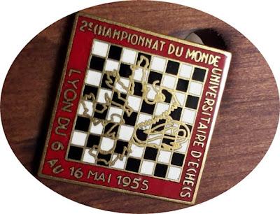 Emblema del II Campeonato Mundial Universitario Lyon 1955