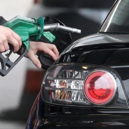 Por que o álcool subiu junto com a gasolina, se é nacional e sem petróleo?