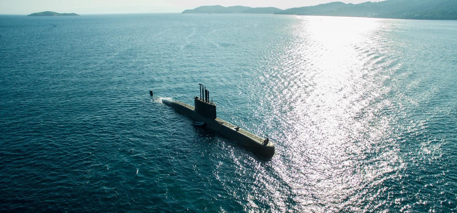 life on a submarine - 1497×699