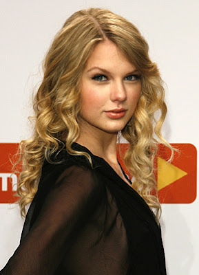 """WELCOME TO SUNNYGIST: Taylor Swift: Drinking Wine """"Makes ..."""