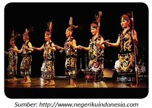 Tari Gantar, dari Kalimantan Timur www.simplenews.me