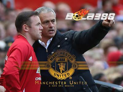 Situs Bursa Taruhan Online Terbaik - Jarang Bermain, Mourinho Tidak Menjamin Rooney Akan Tetap Bertahan