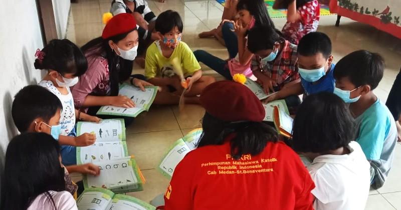 PMKRI Medan Bangun Rumah Baca untuk Anak Pinggiran Rel Kereta Api