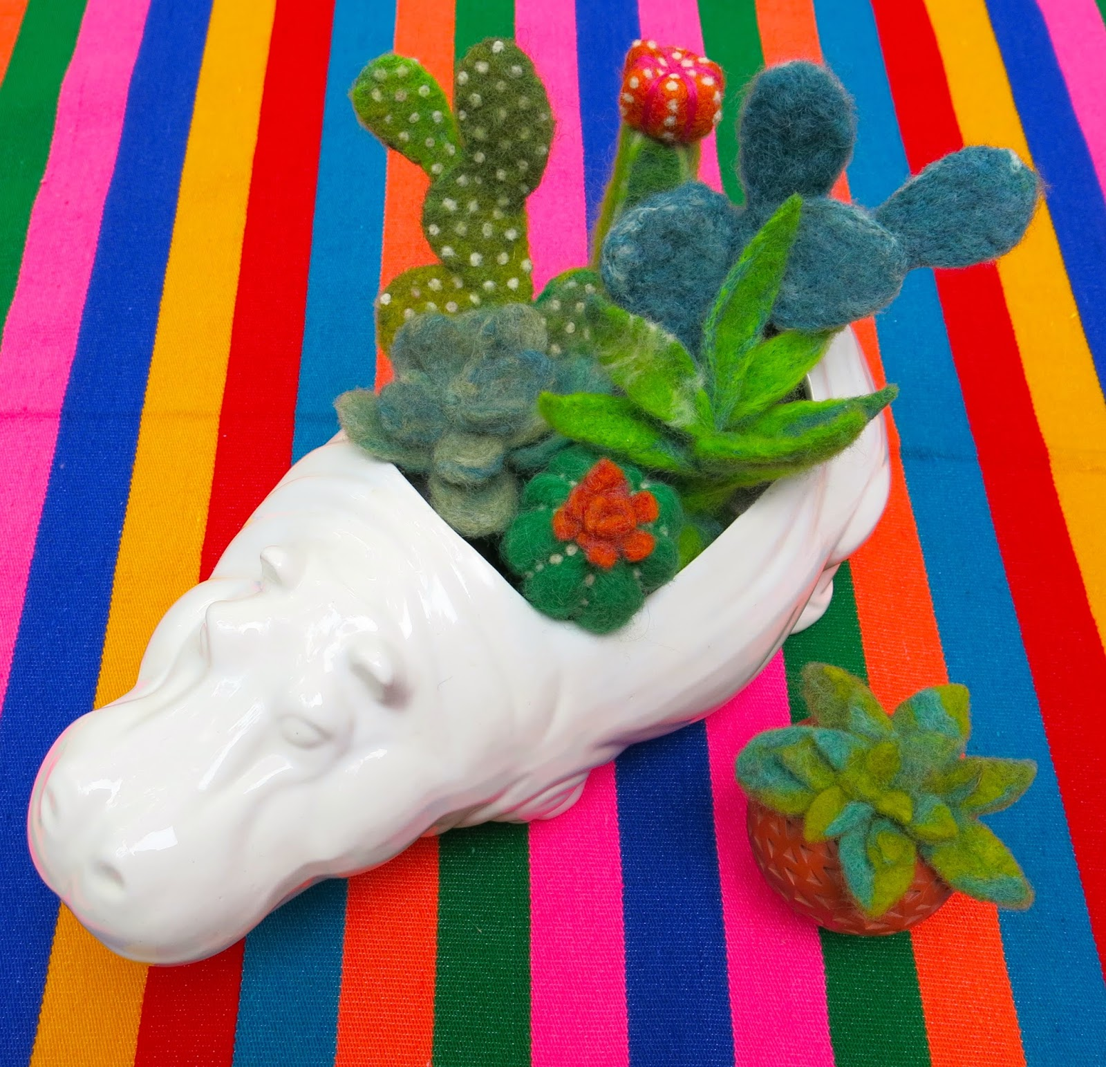 DIY: Felted Cactus Garden