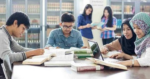 Congrats, Amik Royal Raih Grade B Program Studi Teknik Komputer