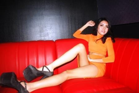 Findi Allia Mencoba Melangkah Sebagai Seorang Model