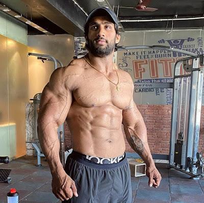 Nitin Chandila, Nitin Chandila Bodybuilder, Nitin Chandila photos, Nitin Chandila abs, nitin Chandila height,