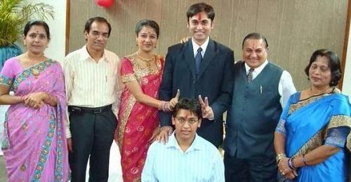 paridhi-sharma-dengan-orangtua-suami-mertuanya