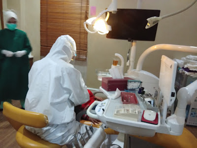 dokter gigi elya periksa gigi di rs tiara sella