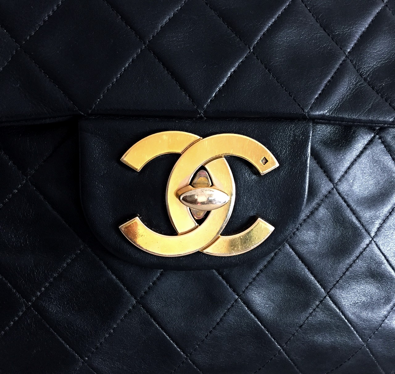93e05f4c53c035 New in   Chanel vintage Jumbo XL (aka the Holy Grail !!!) - Styles ...
