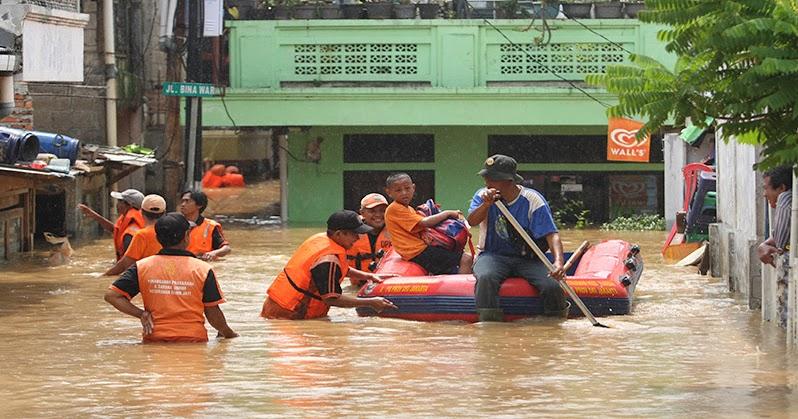 Info Banjir Jakarta : 12 Kelurahan Terendam Banjir di ...