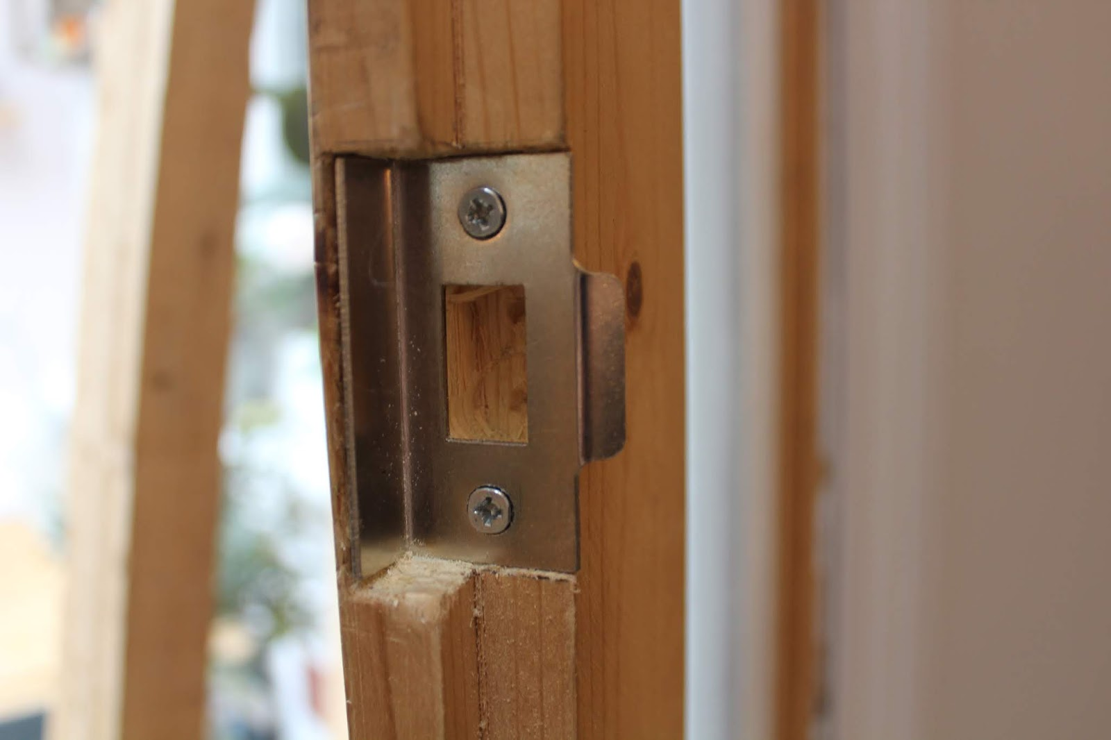 how to fit latch on internal french doors