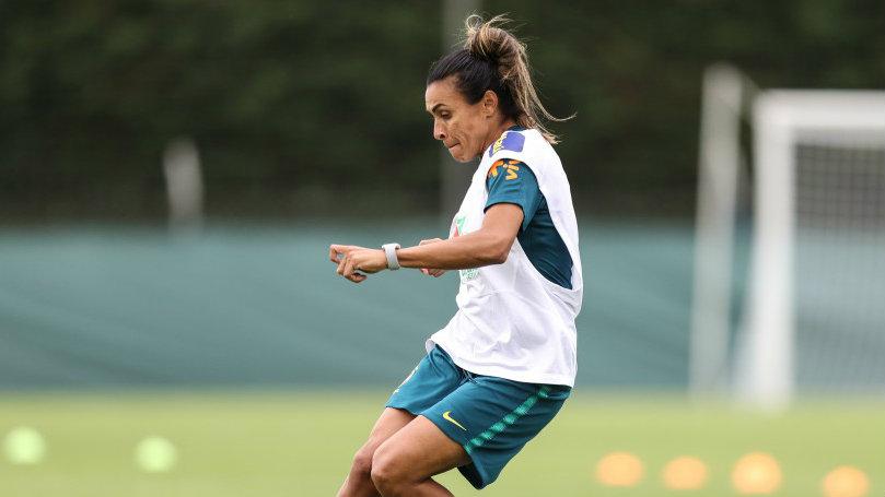 Com provável volta de Marta, Brasil terá 1º grande teste no mundial