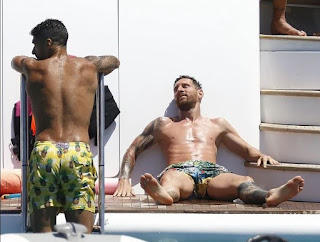 Pictures: Messi and Suarez enjoy holiday together with their families in Ibiza