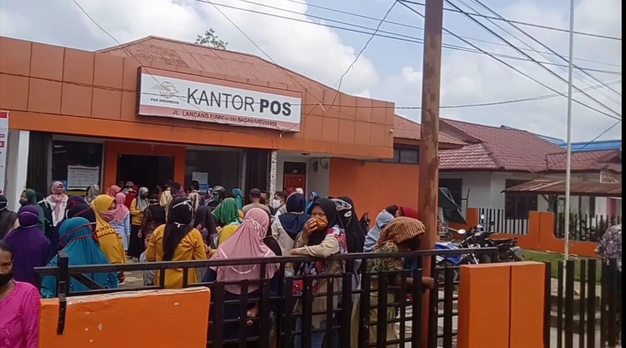 Realisasikan Bst Kantor Pos Bagan Batu Tidak Perhatikan Protokol Kesehatan Suluh Sumatera