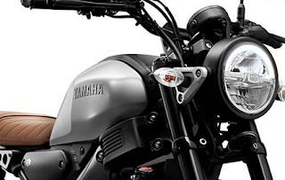 Perang Yamaha XSR 155 dan Honda CBF190TR