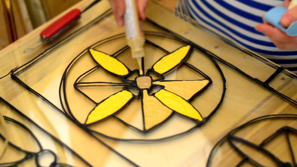 Stained glass manufacturing