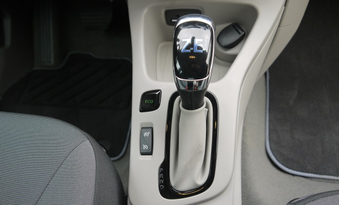 Renault Zoe EV eco button