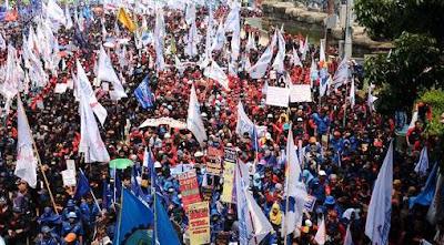 Puluhan Ribu Buruh akan Kepung Gedung DPR/MPR RI