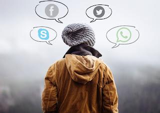 Cual elegir WhatsAop Skype Facebook