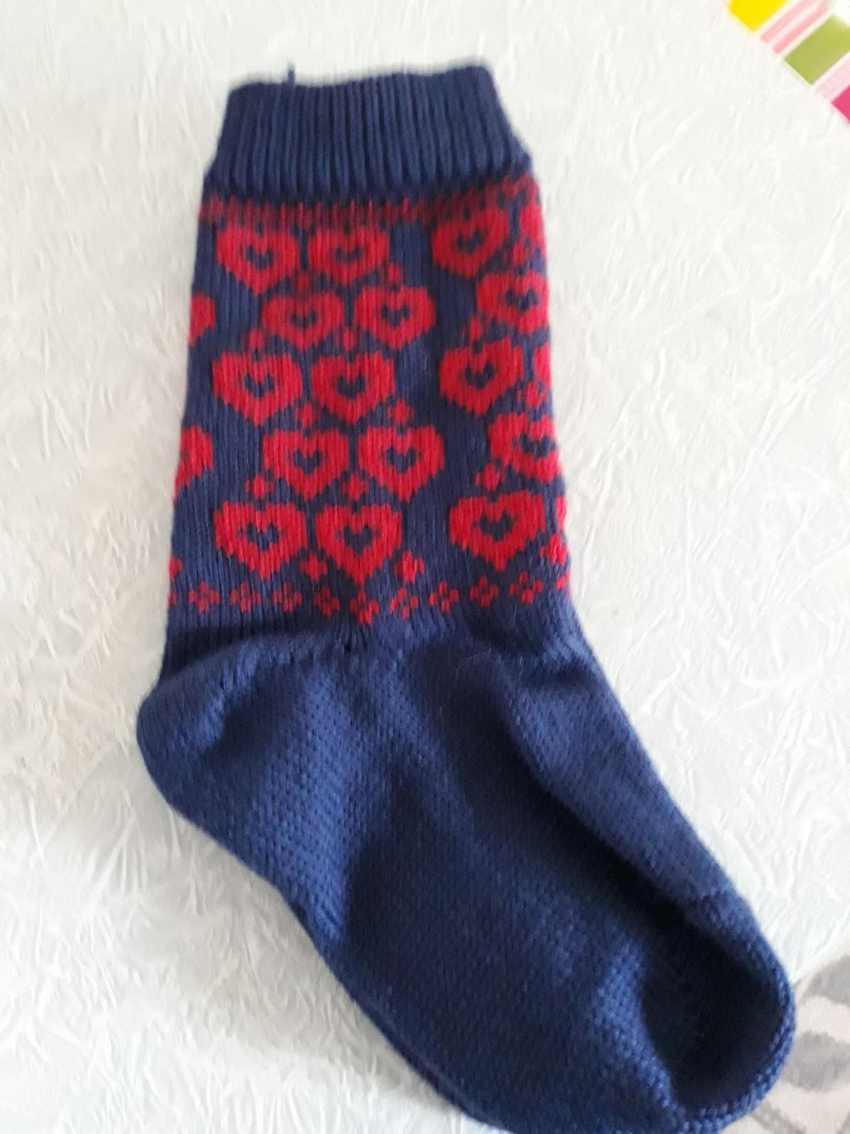 d2708686e Strikkesøm: Sokker for salg.