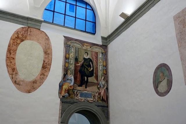 Italy's Uffizi discovers lost frescoes during COVID shutdown