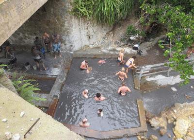 Activité à faire : Bain d'argile d'argile à Sainte Lucie; la petite île des Caraïbes .