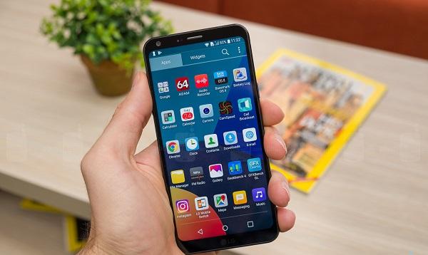 Harga LG Q6 dan Review Lengkapnya