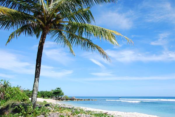 Lanskap indah Pantai Tanjung Lesung di Banten