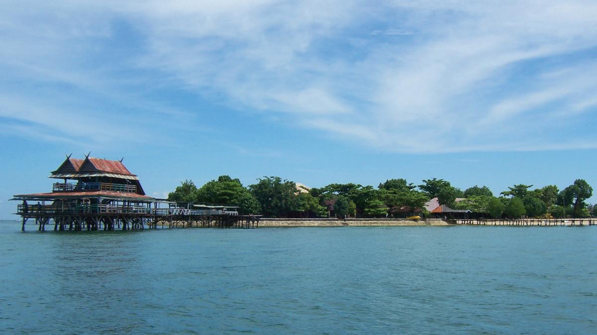 PUlau indah pemandangan landscape terbaru Pulau Kayangan