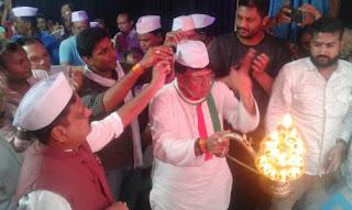 झाबुआ के राजा की महाआरती में शामिल हुए जनसंपर्क मंत्री पिसी शर्मा